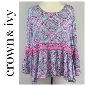 Crown and Ivy Oversized Boho Bell Sleeve Top XL